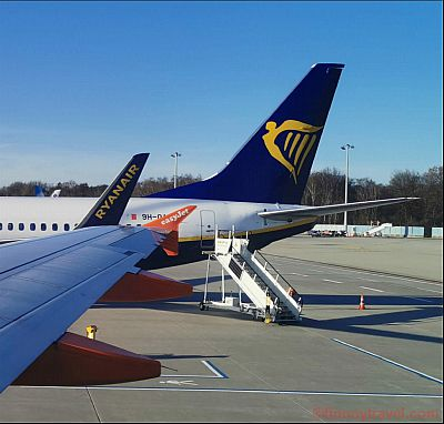 Ryanair and easyJet Wings